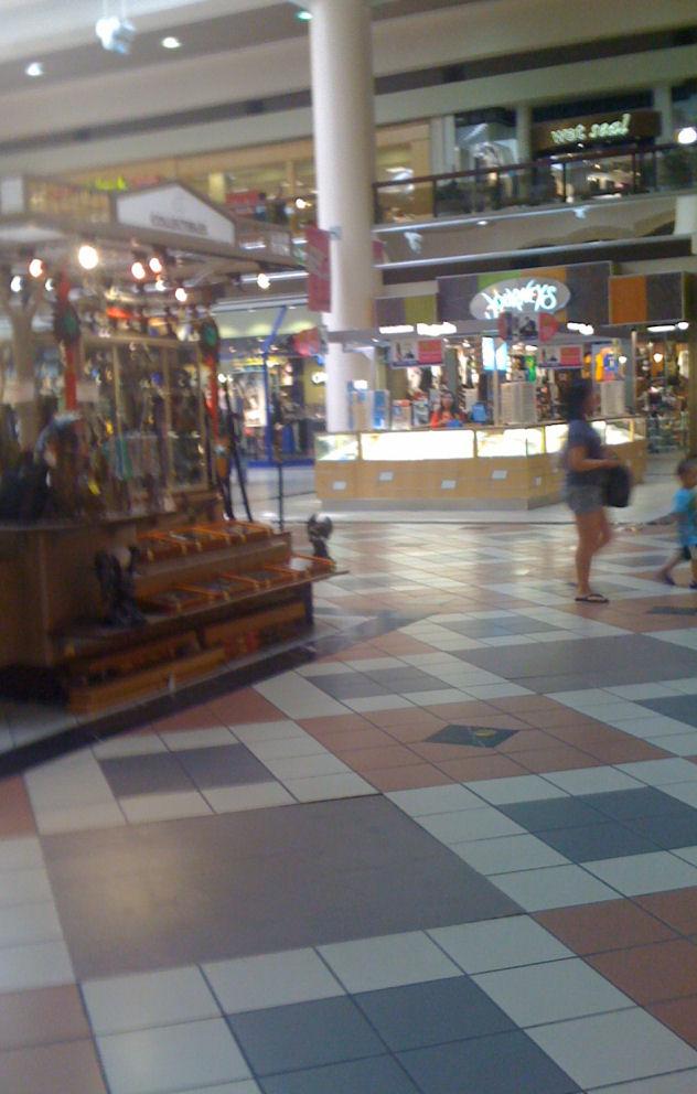 Car Dealerships In Brooklyn >> Maplewood Mall: Maplewood, MN | Dumpy Strip Malls